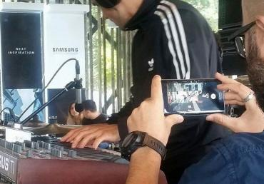 Samsung and Orange Romania activated the 5G VR Live streaming at Untold Music Festival in Romania