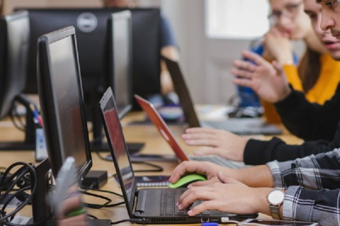 ANIS suggests the introduction of at least one hour of computer science and ICT teaching for all forms of high schools,  vocational education, in each year of study